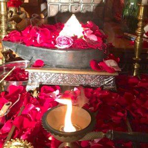 12-spatik-sri-yantra-iluminated-from-underneath